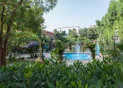 Wakan Luxury Villas And Suites - Jeddah - Pool