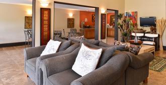 Americas Best Value Inn Kinder - Kinder - Living room
