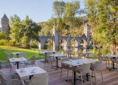 Best Western PLUS Hotel Divona Cahors - Cahors - Patio