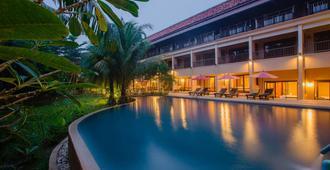 Khaolak Mohin Tara Resort - Khao Lak - Piscina