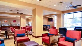 Comfort Suites Northlake - Charlotte - Lounge