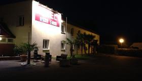 Garden's Hotel - Nevers - Edificio