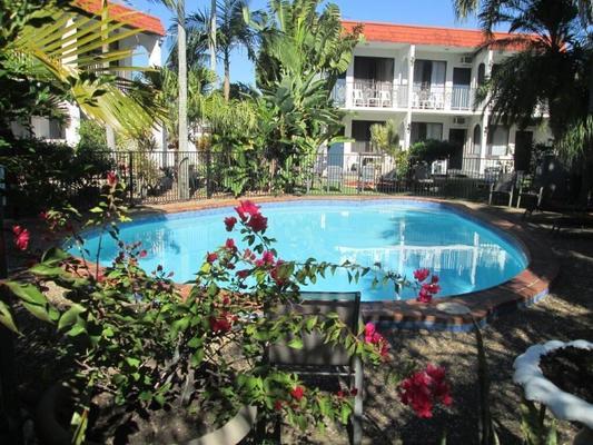 Tower Court Motel - Hervey Bay - Uima-allas