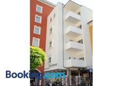 City Zimmer - Appartement Dina Mariner - Lienz - Edifício