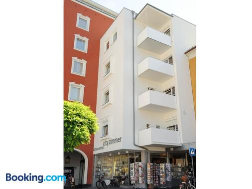 City Zimmer - Appartement Dina Mariner - Lienz - Building