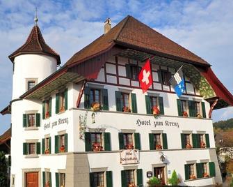 Hotel Zum Kreuz - Suhr - Building