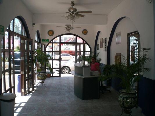 Hotel Colonial San Carlos - Cancún - Lobby