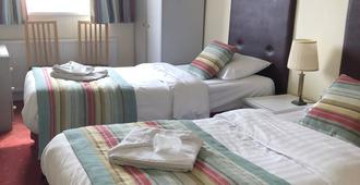 Waters Edge Hotel - Torquay - Bedroom
