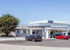 Travelodge by Wyndham San Francisco Airport North - South San Francisco - Building