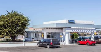 Travelodge by Wyndham San Francisco Airport North - סאות' סן פרנסיסקו