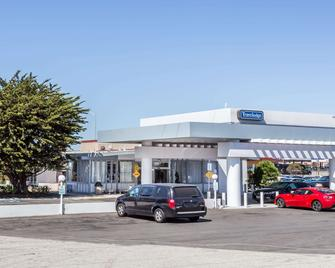 Travelodge by Wyndham San Francisco Airport North - South San Francisco - Bâtiment