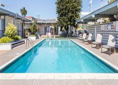 舊金山機場北旅程住宿酒店 - 南舊金山(南三藩市) - 游泳池