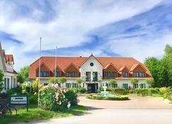 Hotelanlage Tarnewitzer Hof - Boltenhagen - Gebäude