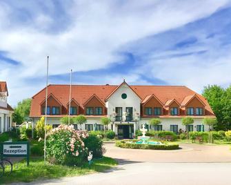 Hotelanlage Tarnewitzer Hof - Boltenhagen - Edificio