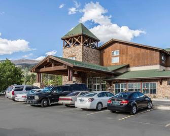 Quality Inn & Suites Summit County - Silverthorne - Edificio