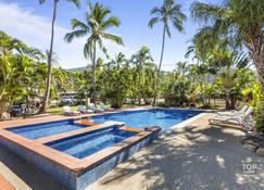 Island Gateway Holiday Park - Airlie Beach - Pool