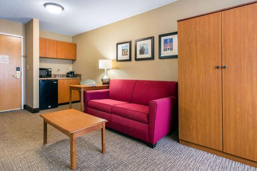 Comfort Suites Wilmington - Wilmington - Bedroom