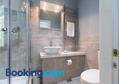 基爾馬洛諾克曼瑟住宿加早餐旅館 - 格拉斯哥 - 浴室