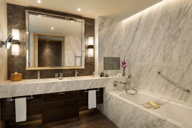 杭州城中香格里拉大酒店 - 杭州 - 浴室