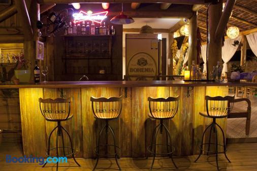 Pousada de Charme Emirados - Ilhabela - Bar