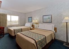 Days Inn by Wyndham Rockford - Rockford - Bedroom