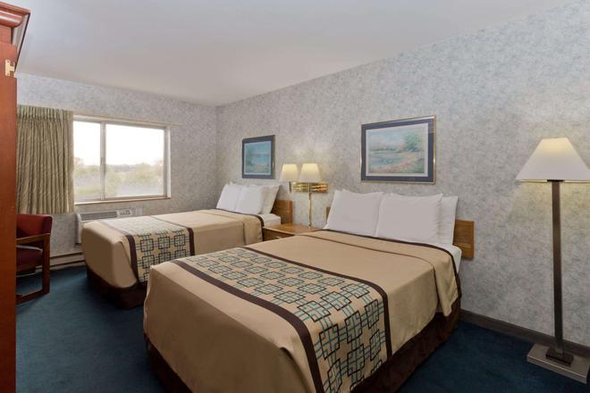 Days Inn by Wyndham Rockford - Rockford - Bedroom
