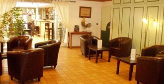 Brit Hotel Poitiers Beaulieu - Poitiers - Area lounge