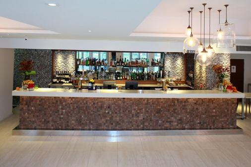 Arbor City Hotel - London - Bar
