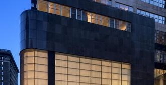 لويس فيلادلفيا هوتل - فيلادلفيا - مبنى