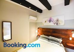 Island Life Hostel - Santo Domingo - Bedroom