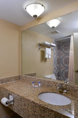 Americas Best Value Inn & Suites Memphis E - Memphis - Phòng tắm
