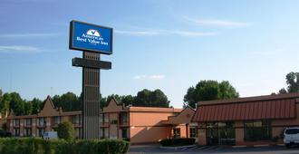 Americas Best Value Inn & Suites Memphis E - Memphis - Bangunan