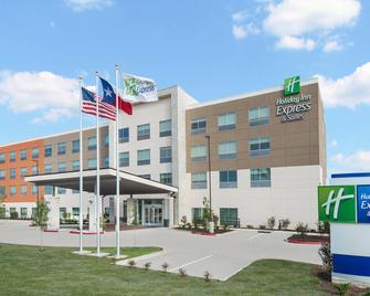 Holiday Inn Express & Suites - Bryan - Bryan - Building