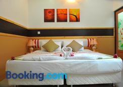 Arora Inn - Maafushi - Phòng ngủ