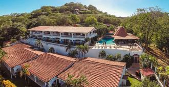 Best Western Tamarindo Vista Villas - Tamarindo - Toà nhà