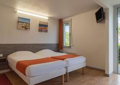 The Originals Access, Hôtel Saintes Recouvrance (P'tit Dej-Hotel) - Saintes - Makuuhuone