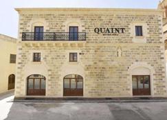Quaint Hotel Nadur - Għajnsielem - Gebäude