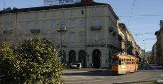Best Quality Hotel Dock Milano - Turin - Building