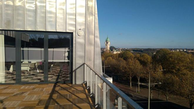 Campanile Limoges Centre - Gare - Limoges - Balcony