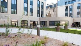 Campanile Limoges Centre - Gare - Limoges - Building