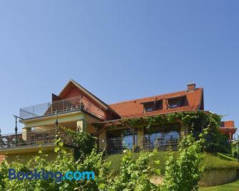 Tourism Tompa - Ljutomer - Building