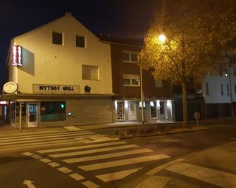 Hotel Zentrum - Grevenbroich - Gebäude