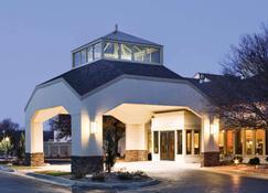 Quality Inn and Suites Albuquerque Downtown - University - Αλμπουκέρκι - Κτίριο