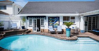 Admiralty Beach House - Port Elizabeth - Uima-allas