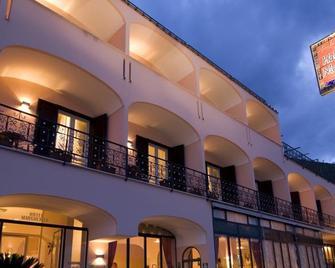 Hotel Margherita - Praiano - Gebäude