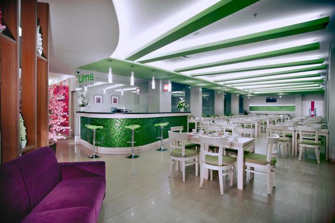 龍目島蘭科馬塔蘭菲芙飯店 - 馬塔蘭 - 餐廳