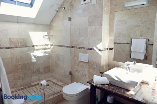 Ashbourne House Guest House - Franschhoek - Μπάνιο