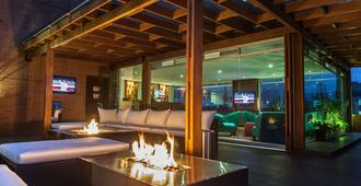 Best Western Plus 93 Park Hotel - Bogotá - Hành lang