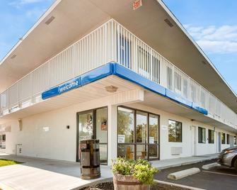 Motel 6 Kansas City Southwest - Lenexa - Lenexa - Building
