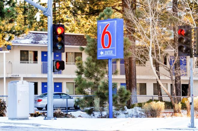 Motel 6 Big Bear - Big Bear Lake - Edificio